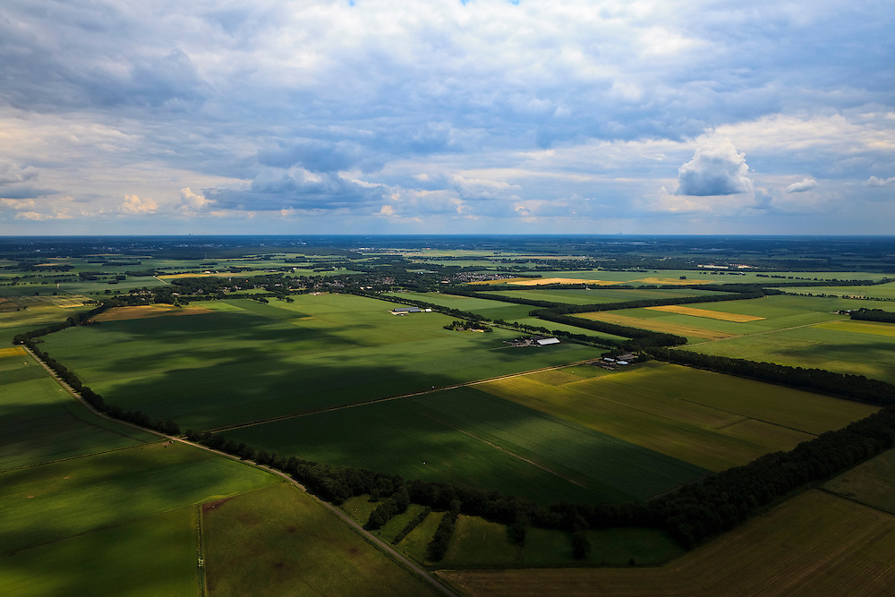 Nederland, Drenthe, Gemeente Coevorden, 30-06-2011; Bennevelder veld, ten oosten van Sleen.Agricultural area  in the North East of the Netherlands..luchtfoto (toeslag), aerial photo (additional fee required).copyright foto/photo Siebe Swart
