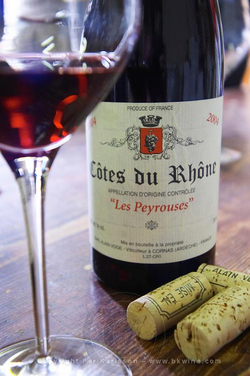 bottle glass corks cotes du rhone les peyrouses dom a voge cornas rhone france