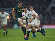 Twickenham, United Kingdom.  Ben YOUNGS, showing some mid field pace with ball during the   Old Mutual Wealth Series Match: England vs South Africa, at the RFU Stadium, Twickenham, England, Saturday, 12.11.2016<br /> <br /> [Mandatory Credit; Peter Spurrier/Intersport-images]