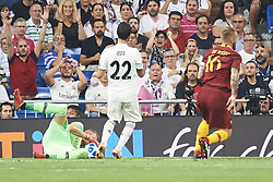September 19, 2018 - Madrid, Spain - Isco (midfielder; Real Madrid) in action during the UEFA Champions League match between Real Madrid and AS Roma at Santiago Bernabeu on September 19, 2018 in Madrid, Spain (Credit Image: © Jack Abuin/ZUMA Wire)