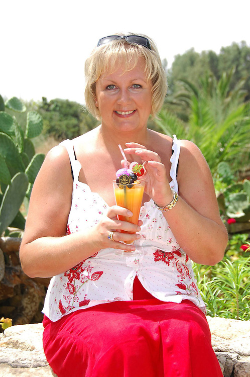 Sue Cleaver filming of Coronation Street in Malta<br /><br />www.expresspictures.com<br />Express Syndication<br />+44 870 211 7661/2764/7903/7884/7906<br /><br />Code: 346620