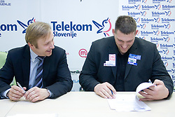 Peter Kukovica and Miroslav Vodovnik when Slovenian athletes and their coaches sign contracts with Athletic federation of Slovenia for year 2009,  in AZS, Ljubljana, Slovenia, on March 2, 2009. (Photo by Vid Ponikvar / Sportida)
