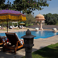 Asia, India, Jaipur. Oberoi Rajvilas pool.