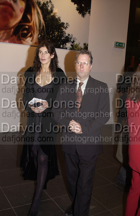 James Deardon and Annabel Brooks. through the eyes of a child. 2002. In aid of the NSPCC.  Bloomberg Space. 21 November 2002. © Copyright Photograph by Dafydd Jones 66 Stockwell Park Rd. London SW9 0DA Tel 020 7733 0108 www.dafjones.com