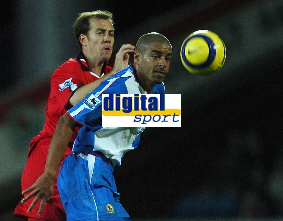 Fotball<br /> England 2004/2005<br /> Foto: BPI/Digitalsport<br /> NORWAY ONLY<br /> <br /> 21/11/2004 <br /> Blackburn Rovers v Birmingham City<br /> FA Barclays Premiership, Ewood Park<br /> <br /> Jamie CLapham battles with Stephen Reid, right
