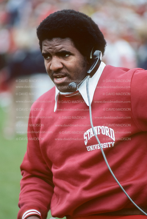 BERKELEY, CA - NOVEMBER 22:  Dennis Green, Stanford University Offensive Coordinator, coaches during the 1980 Big Game between Stanford and the California Golden Bears played November 22, 1980 at Memorial Stadium in Berkeley, California.  (Photo by David Madison/Getty Images)