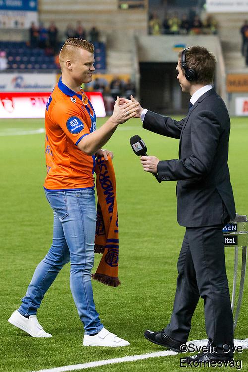 Eliteserien fotball 2016: Aalesund - Stabæk. John Arne Riise og Amund Skiri før eliteseriekampen mellom Aalesund og Stabæk på Color Line Stadion.