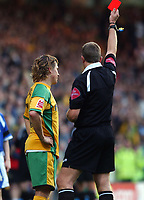 Photo: Ashley Pickering.<br />Norwich City v Cardiff City. Coca Cola Championship. 21/10/2006.<br />Norwich's Paul McVeigh is sent off after squaring up to Cardiff's Kerrea Gilbert.