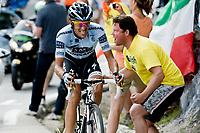 CYCLING - TOUR DE FRANCE 2011 - STAGE 19 - Modane Valfréjus > Alpe d'Huez (109,5km) - 22/07/2011 - PHOTO : VINCENT CURUTCHET / DPPI - ALBERTO CONTADOR (ESP) / SAXO BANK