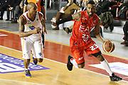 DESCRIZIONE : Roma Campionato Lega A 2013-14 Acea Virtus Roma EA7 Emporio Armani Milano <br /> GIOCATORE : Keith Langford<br /> CATEGORIA : palleggio penetrazione<br /> SQUADRA : EA7 Emporio Armani Milano <br /> EVENTO : Campionato Lega A 2013-2014<br /> GARA : Acea Virtus Roma EA7 Emporio Armani Milano <br /> DATA : 02/12/2013<br /> SPORT : Pallacanestro<br /> AUTORE : Agenzia Ciamillo-Castoria/M.Simoni<br /> Galleria : Lega Basket A 2013-2014<br /> Fotonotizia : Roma Campionato Lega A 2013-14 Acea Virtus Roma EA7 Emporio Armani Milano <br /> Predefinita :