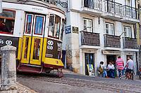 Portugal, Lisbonne, quartier de Baixa pombalin, tramway numero 28 // Portugal, Lisbon, tram 28, Baixa pombalin