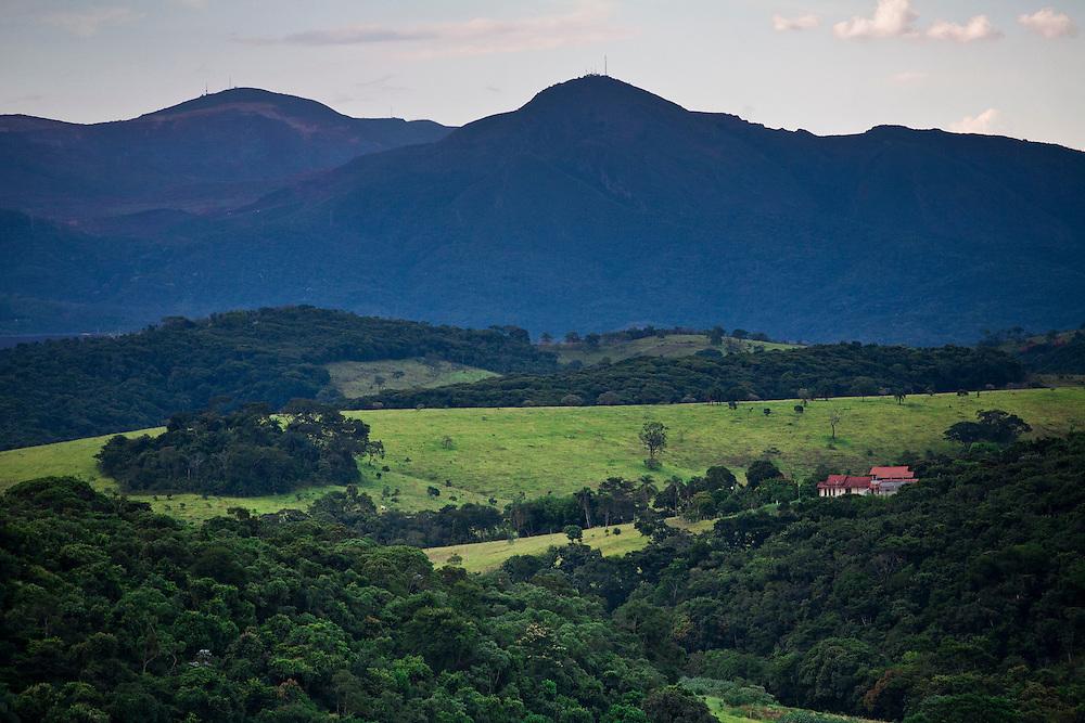 Jeceaba_MG, Brasil...Area rural do municipio de Jeceaba, Minas Gerais...Rural area in Jeceaba, Minas Gerais...Foto: JOAO MARCOS ROSA / NITRO