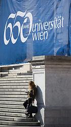 THEMENBILD - Studentin liest eine Zeitung. 650-Jahre- Jubiläum der Universität Wien. Die Universität Wien ist eine der größten Universitäten Mitteleuropas und wurde 1365 gegründet. Aufgenommen am 09.03.2015 in Wien, Österreich // Student reading a paper. 650 Years of the University of Vienna Anniversary. The University of Vienna is a public university and the largest in Austria and was founded by Duke Rudolph IV in 1365. Austria on 2015/03/09. EXPA Pictures © 2015, PhotoCredit: EXPA/ Michael Gruber