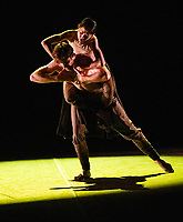 Erina Takahashi , James Streeter at the rehearsal for the BALLET ICONS GALA 2020  evening of world class ballet celebrating the Russian Ballet School photo by Brian Jordan