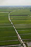 Nederland, Utrecht, Lopikerwaard, 23-05-2011; Polder Benschop met polderlandschap gevormd door sloten wegens veenafgraving. Polder landscape with drainage ditches. luchtfoto (toeslag), aerial photo (additional fee required).copyright foto/photo Siebe Swart