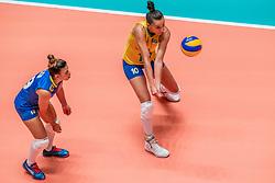 28-05-2019 NED: Volleyball Nations League Netherlands - Brazil, Apeldoorn<br /> <br /> Gabriela Braga GuimaraesC #10 of Brazil, Leia Henrique Da Silva Nicolosi #19 of Brazil