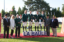 Team Ireland winning the FEI Nations Cup<br /> Shan Sweet ham, Billy Twomey, Cian O'Connor, Cameron Hanley and chef d'equipe Robert Splaine<br /> CSIO La Baule 2011<br /> © Dirk Caremans