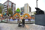 Nederland, Nijmegen, 6-10-2014Het vernieuwde Plein 44, plein44. GroenLinks in de gemeenteraad heeft een klacht ingediend bij het europees hof voor de rechten van de mens vanwege de ongelijke bestrating die veel mensen laat struikelen, vallen, en mensen in een rolstoel of met rollator veel ellende bezorgd.FOTO: FLIP FRANSSEN/ HOLLANDSE HOOGTE