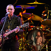 VENICE, ITALY - APRIL 02: Irish singer songwriter Sinead O'Connor performs at La Fenice Theater on April 2, 2013 in Venice, Italy. (Photo by Marco Secchi/Redferns via Getty Images)