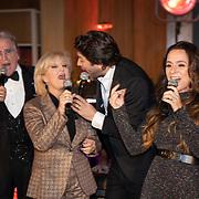 NLD/Hilversum/20181002 - Artiesten Holland zingt Kerst 2018, Lee Towers, Anita Meyer, Xander de Buisonje, Trijntje Oosterhuis, Dwight Dissel