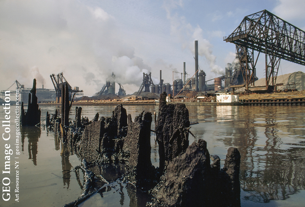 In 1969, this river was so polluted with oily industrial wastes that its surfac e caught fire.