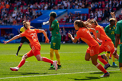 15-06-2019 FRA: Netherlands - Cameroon, Valenciennes<br /> FIFA Women's World Cup France group E match between Netherlands and Cameroon at Stade du Hainaut / Dominique Bloodworth #20 of the Netherlands scores 2-1