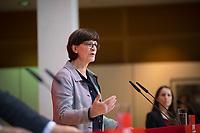 DEU, Deutschland, Germany, Berlin, 16.12.2019: Die neue SPD-Parteivorsitzende Saskia Esken bei einer Pressekonferenz im Willy-Brandt-Haus.