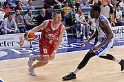 DESCRIZIONE : Beko Legabasket Serie A 2015- 2016 Playoff Quarti di Finale Gara3 Dinamo Banco di Sardegna Sassari - Grissin Bon Reggio Emilia<br /> GIOCATORE : Rimantas Kaukenas<br /> CATEGORIA : Palleggio Penetrazione<br /> SQUADRA : Grissin Bon Reggio Emilia<br /> EVENTO : Beko Legabasket Serie A 2015-2016 Playoff<br /> GARA : Quarti di Finale Gara3 Dinamo Banco di Sardegna Sassari - Grissin Bon Reggio Emilia<br /> DATA : 11/05/2016<br /> SPORT : Pallacanestro <br /> AUTORE : Agenzia Ciamillo-Castoria/L.Canu