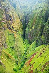 Honopu Valley, Na Pali coast, Kauai, Hawaii, Pacific Ocean