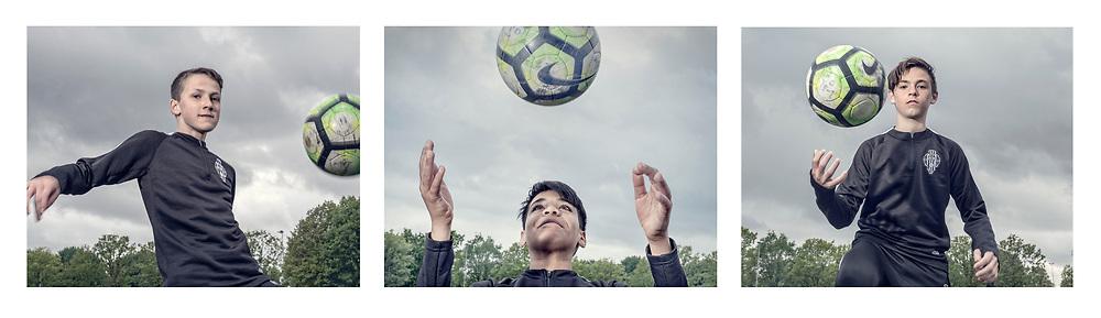 Nederland. Amsterdam, 06-05-2019. Foto: Patrick Post. Repo over jonge voetbal talenten bij voetbalvereniging AVV SDZ. Op de foto vlnr. Tim,Morris en Dani..