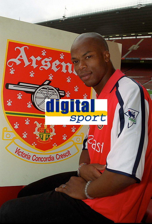 Sylvian Wiltord, Arsenal new signing. Arsenal v Charlton Athletic, 26/8/00. Credit: Colorsport / Andrew Cowie