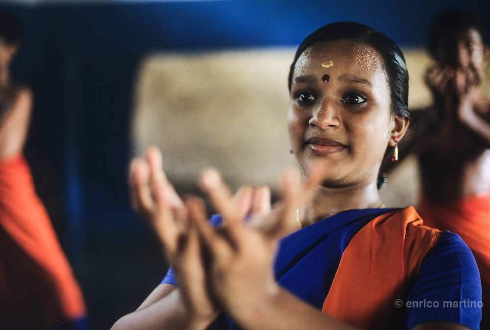 Kalamandalam Academy near Trichur, the most important Kathakali school. A Khatakali actor has to undergo rigorous training for nearly 10-12 years. Khatakali actors do not use verbal expressions but instead use a well developed gestural language with 24 basic hand gestures.