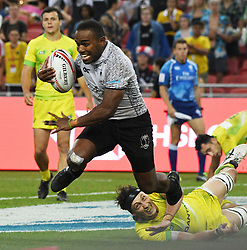 2018?4?29?.???????——HSBC???????????????????——????..4?29??????Waisea Nacuqu????????????????????HSBC???????????????????????????28?22??????????.???? ??????..Fiji's player Waisea Nacuqu (L, white jersey) scores a try during the finals of the HSBC World Rugby Sevens Series Singapore held in Singapore's National Stadium on Apr 29, 2018. Today, Fiji won against Australia with a score of 28 to 22..By Xinhua, Then Chih Wey..????????????2018?4?29? (Credit Image: © Then Chih Wey/Xinhua via ZUMA Wire)