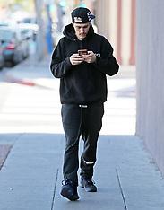 Justin Bieber leaving shirtless dance studio - 2 Feb 2020