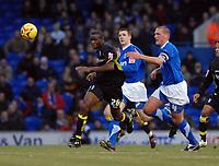Photo: Ashley Pickering.<br />Ipswich Town v Birmingham City. Coca Cola Championship. 01/01/2007.<br />Birmingham's Fabrice Muamba (L) gets the better of Ipswich's Jason De Vos (R) and Owen Garvan