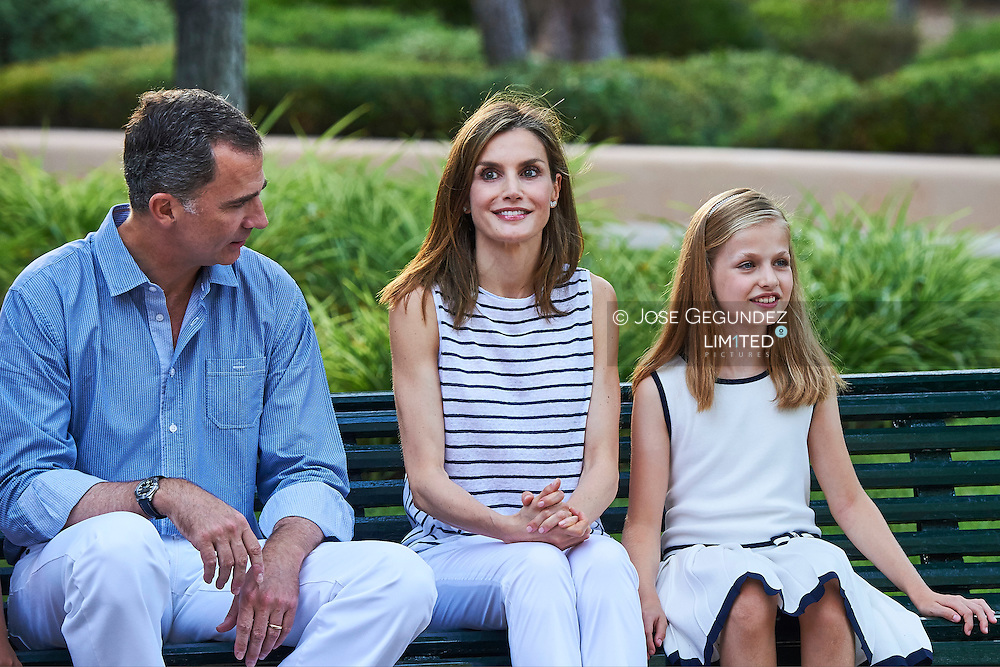 King Felipe VI of Spain, Crown Princess Leonor, Queen Letizia of Spain pose for the photographers at the Marivent Palace on August 4, 2016 in Palma de Mallorca, Spain.