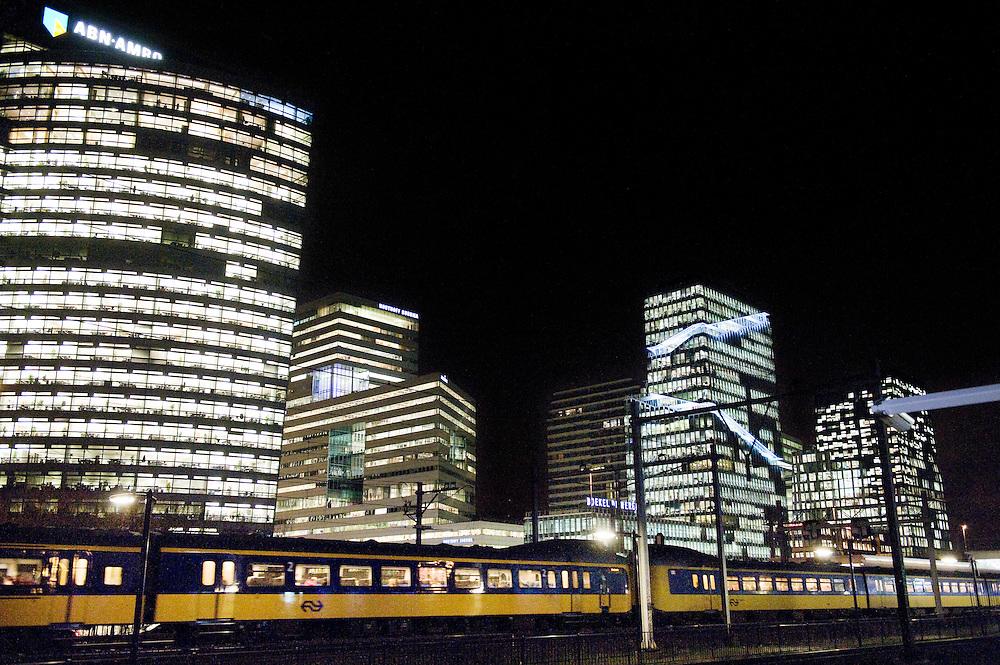 Nederland. Amsterdam, 10 dec 2009.Kantoren op de Zuid-As, kantoorwijk...Foto (c) Michiel Wijnbergh..