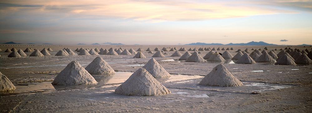 Salar de Uyuni, the worlds largest salt flat in the  Potosi Region, Bolivia.