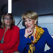 NLD/Utrecht/20130926 - NFF 2013, Premiere Zusjes, Anneke Gronloh in de Tuk Tuk