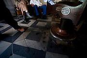Pitangui_MG, Brasil...Barbearia em Pitangui, Minas Gerais...The barber shop in Pitangui, Minas Gerais...Foto: LEO DRUMOND / NITRO
