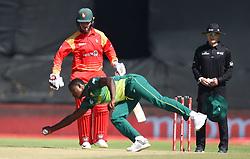 Cape Town-181006-South African fast bowler Kagiso Rabada bowling against Zimbabwean batsman in the 3rd ODI match at Boland Park cricket stadium. .Photographer:Phando Jikelo/African News Agency(ANA)