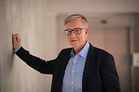 DEU, Deutschland, Germany, Berlin, 10.05.2021: Portrait von Dietmar Bartsch, Co-Fraktionschef und Spitzenkandidat der Linkspartei für die Bundestagswahl.
