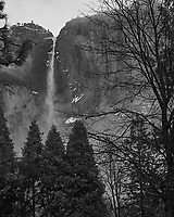 Wintertime in Yosemite Valley. Yosemite National Park. Image taken with a Nikon D3s camera and 50 mm f/1.4 lens (ISO 900, 50 mm, f/2.8, 1/60 sec).