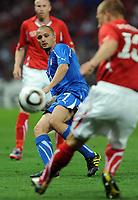 """Simone Pepe Italia<br /> Ginevra, 05/06/2010 Stadio """"Stade de Geneve""""<br /> Svizzera-Italia<br /> Friendly match FIFA Wolrd Cup2010<br /> Foto Nicolo' Zangirolami Insidefoto"""