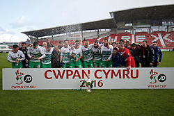 WREXHAM, WALES - Monday, May 2, 2016: The New Saints' players celebrates with the trophy after the 2-0 victory over Airbus UK Broughton during the 129th Welsh Cup Final at the Racecourse Ground. (Pic by David Rawcliffe/Propaganda)