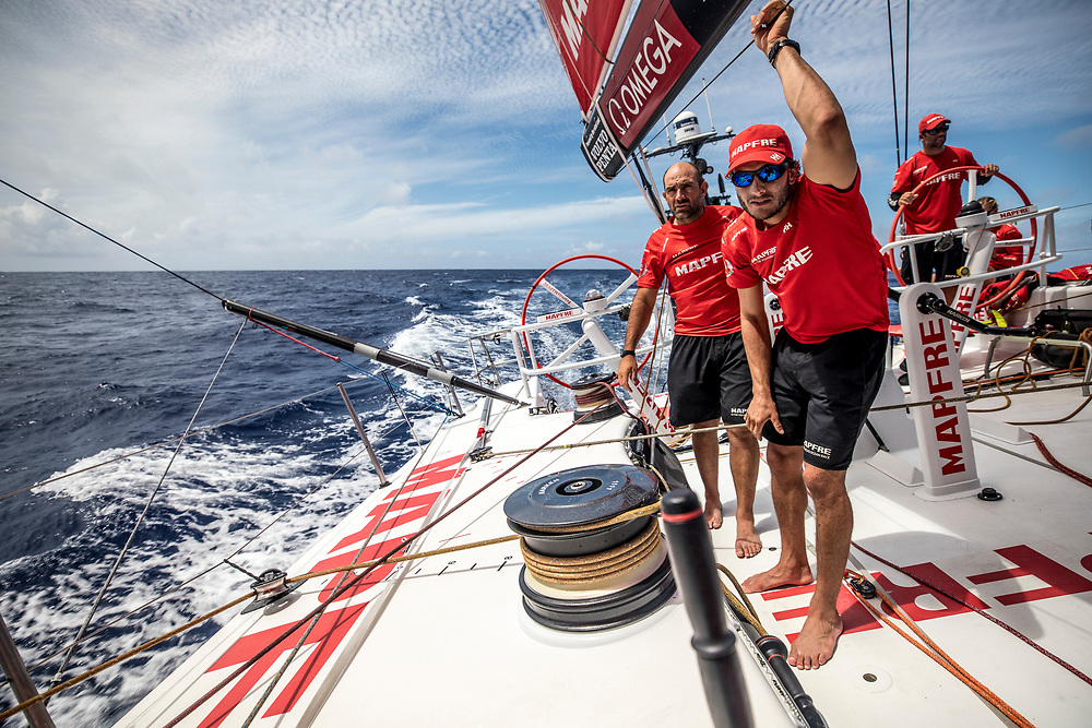 Leg 02, Lisbon to Cape Town, day 12, on board MAPFRE, Xabi Fernandez and Blair Tuke looking for Dongfeng. Photo by Ugo Fonolla/Volvo Ocean Race. 16 November, 2017