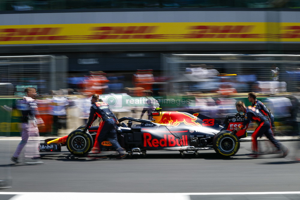 July 8, 2018 - Silverstone, Great Britain - Motorsports: FIA Formula One World Championship 2018, Grand Prix of Great Britain, .#33 Max Verstappen (NLD, Aston Martin Red Bull Racing) (Credit Image: © Hoch Zwei via ZUMA Wire)