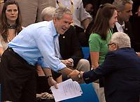 George Bush, presidente degli Stati Uniti ed Henry Kissinger.<br /> National Acquatic Centre - Nuoto Swimming<br /> Pechino - Beijing 10/8/2008 Olimpiadi 2008 Olympic Games<br /> Foto Andrea Staccioli Insidefoto