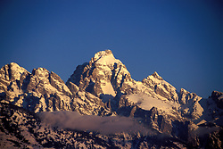 WY: Grand Teton National Park, Wyoming; Dawn in winter                .Photo Copyright: Lee Foster, lee@fostertravel.com, www.fostertravel.com, (510) 549-2202.Image: wygran226