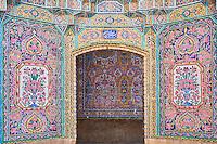 Iran, province du Fars, Shiraz, mosquée de Nasir al Molk // Iran, Fars Province, Shiraz, Nasir al Molk mosque